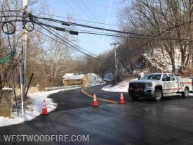 Utility 31 closes Manor Road at Wagontown Road.