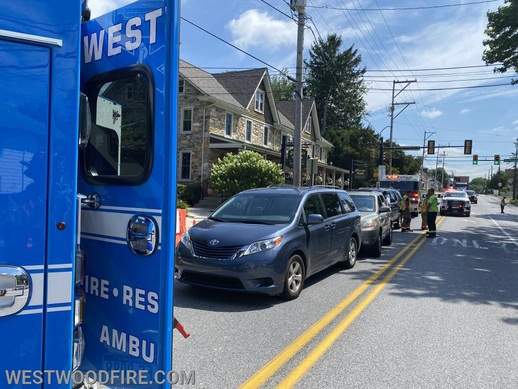 Ambulance 44-1 on scene of an auto accident in Sadsburyville.